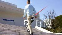 日本黑科技辅助器, 帮助老人运动, 一口气上五楼不费劲!