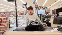 熊孩子挑战在超市里呆24小时 第二天老板懵了