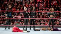 【RAW 11/12】莎夏和贝莉落入小魔女阿莱克萨的圈套 比赛无疾而终