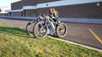 小伙为了残疾女孩, 亲手用自行车改造越野电动轮椅, 太有爱了