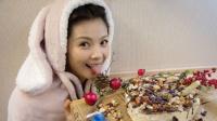 八卦:刘涛亲手做蛋糕为友人庆生 穿兔耳卫衣吐舌卖萌很调皮