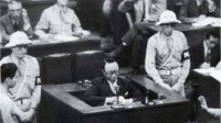 """溥仪在东京审判上""""骂""""日本天皇, 蔑视讥讽日本人, 全场大笑"""