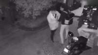 双11快递员凌晨送件 将下班程序员误认成小偷