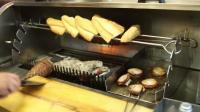伊斯坦布尔街头小吃之羔羊肠三明治