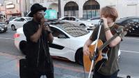 不要在公共场合唱歌, 不然会把原唱引来的!