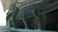 海里出现一只怪物,一艘大船瞬间被摧毁,人力根本就抵挡不住