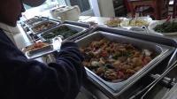 在安徽高速服务区吃晚餐, 吃的是30元一位的自助餐, 看看有啥吃的