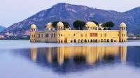 印度有座水上皇宫, 有着260年的历史, 如今不再对外人开放