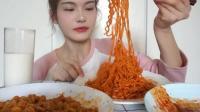 吃播大胃王: 怒吃三种口味火鸡面, 吃的美滋滋的, 辣的真过瘾!