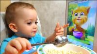 萌娃小可爱这是和谁一起吃饭呢? 真有趣呀! —萌娃: 妈妈再也不担心我挑食啦!