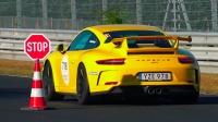 水平对置六缸声浪美妙!纽北赛道日大批保时捷911 GT3起步
