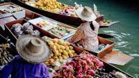 打算泰国游的要注意, 如有美女向你递帽子别接, 已有游客后悔了