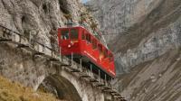 世界上最危险的铁路, 最高时速12公里每小时, 120年0事故