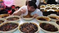"""韩国大胃王奔驰小哥挑战10碗炸酱面, 网友: """"喝""""面的技术越来越厉害"""