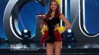 环球小姐选美比赛现场: 各国佳丽穿特色服装比拼, 美艳动人