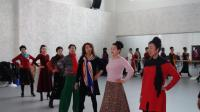 江河源艺术模特团走秀排练歌曲火焰情歌