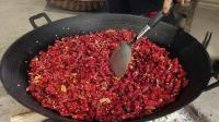 教你这样自制辣椒, 炒什么菜都香, 这就是农村特产