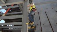 一个小发明, 让爬钢构就像爬楼梯一样, 工人师傅爱不释手