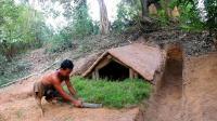 原始技术, 两兄弟野外挖地下庇护所, 怎么感觉怪怪的呢