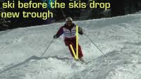 PMTS英文字幕滑雪指南: 早翻脚掌、主动屈缩, 以应对更快速通过更大雪包的场景