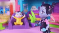 吸血鬼女孩玩具: 温蒂写完作业发现露西用妈妈的化妆品化妆