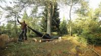 荒野生存体验之丛林作业, 露营