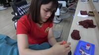 体验越南美女特色修剪指甲, 过程很舒服, 就是修剪顺序有点搞笑