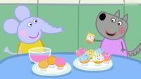 小猪佩奇:大象艾米丽和小狼温蒂,正在装饰纸杯蛋糕!