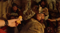 小伙历史成绩不及格, 穿越到元朝抓回成吉思汗, 却带着他做起了家务