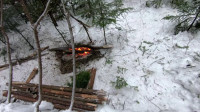 荒野生存体验一个人冬季露营旅行体验荒野生存