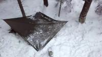 荒野生存体验之冬季在森林中露营