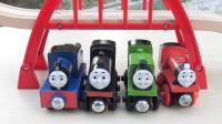 托马斯小火车木制轨道玩具过家家学亲子英语