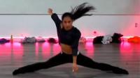 美国18岁天才舞者跳舞视频走红 曾是体操运动员