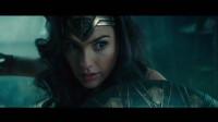 美女武士比武被踢中要害, 突然爆发超能力成为超人类