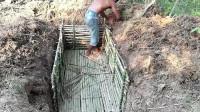 荒野 小哥 徒手建造地下木屋这手艺真不错