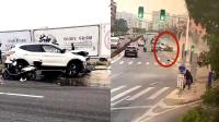 监拍: 广东一小客车高速冲撞电动车造成2死3伤