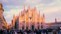 米兰大教堂仅次于梵蒂冈圣彼得大教堂世界第二大教堂世界第一大哥特式建筑意大利很骄傲