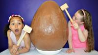 世界上最大的巧克力, 重量超过100斤, 想吃它要用锤子敲!