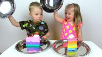 萌娃小可爱们玩游戏, 比比谁的运气更好! —萌娃: 宝宝这个是真的蛋糕呢!