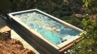世界上最神奇的泳池, 面积只有一张床大小, 却永远也游不到边
