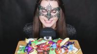 美女吃俄罗斯流行糖果,像变魔法的仙女,网友:控制不住洪荒之力