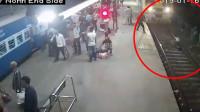 小偷抢走手机后跳下火车道 男子追赶惨遭碾压