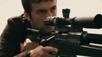 这才是好莱坞大片该有的样子!男子生死一线,随时都会被狙击手刺杀