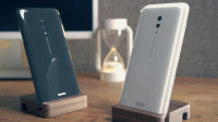 vivo APEX 2019首发上手!零开孔+全屏解锁,未来手机诞生了