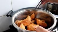 快过年了!教你在家做黄米面油炸糕,口感软糯香甜,做法超简单