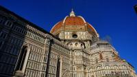 花之圣母大教堂世界五大教堂之一又名圣母百花大教堂佛罗伦萨最著名的建筑群