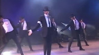 迈克尔杰克逊堪称绝世经典的一次歌舞表演:全程彰显王者之风