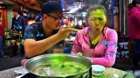 台湾最好吃的火锅,每天排队几十人,独家蘸料不外传!