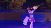 敦煌舞中最著名的两个舞姿,这支反弹琵琶舞,赢得了观众无数掌声