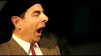 憨豆先生真是太有才!街头表演搞怪十足,高超演技令人悲喜交加